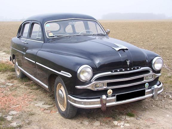 Ford-Vedette xe để đi đòi nợ của công tử