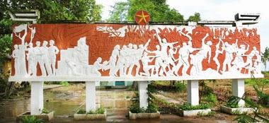Bia tưởng niệm mặt trận Tân Hưng