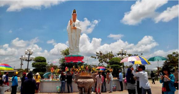 Tượng Phật Bà Nam Hải