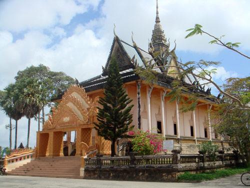 Toà chánh điện chùa Xiêm Cán