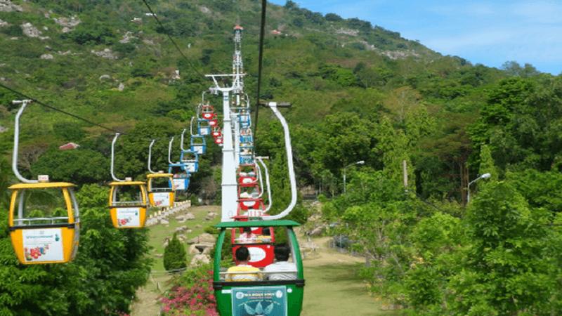 Cáp treo Núi Bà Tây Ninh