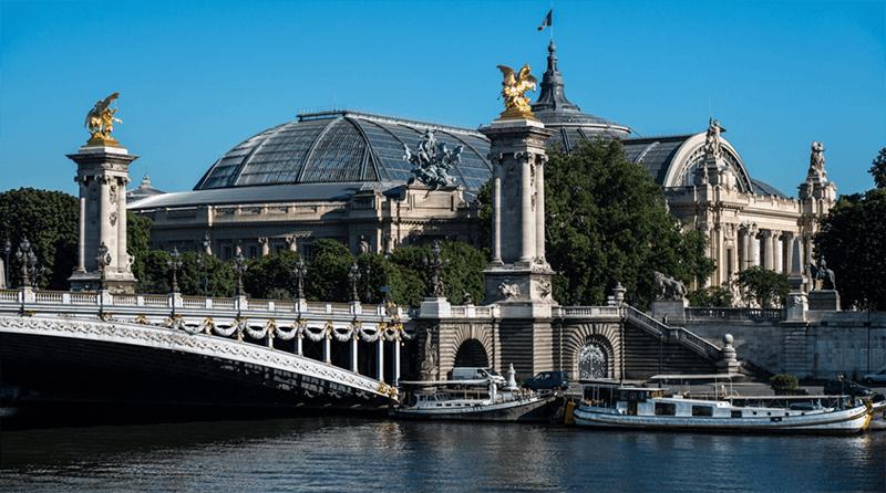 Bảo tàng quốc gia Le Grand Palais tại Paris Pháp