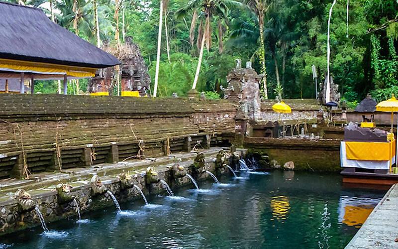 Đền suối thánh Tampak Siring – Tirta Empul Tampaksires Bali