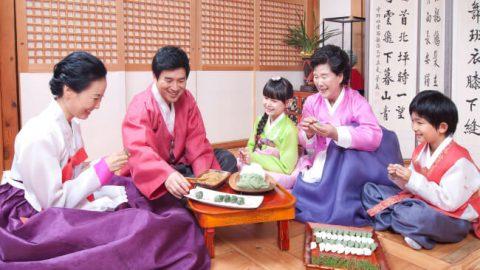 Trang phục Hanbok truyền thống của người Hàn Quốc